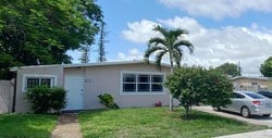 RealT Token - 272 N.E. 42nd Court, Deerfield Beach, FL 33064